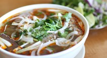 Hue\'s style beef vermicelli noodle soup